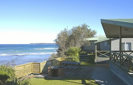 Berrara Beach Holiday Chalets - SA Accommodation