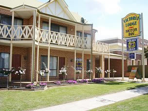 Victoria Lake Holiday Park - SA Accommodation