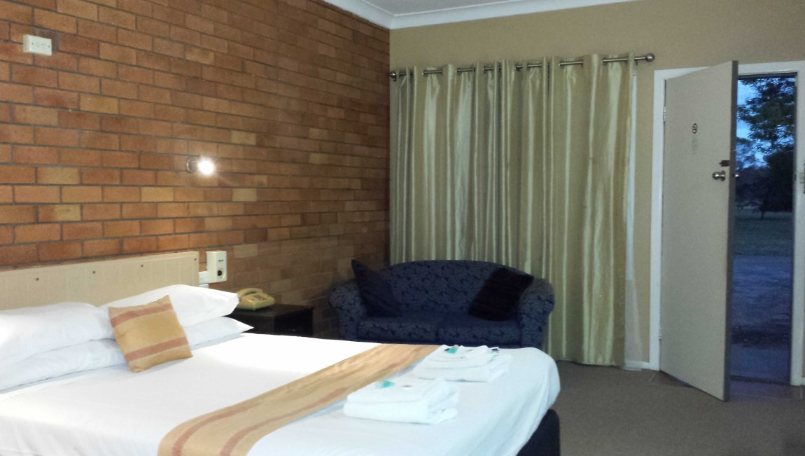 AA Hilldrop Motor Inn - SA Accommodation