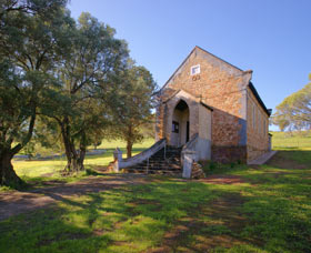 St Saviours Church Katrine - SA Accommodation