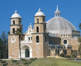 St Francis Xavier Cathedral - SA Accommodation