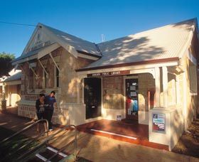 Dongara Heritage Trail - SA Accommodation