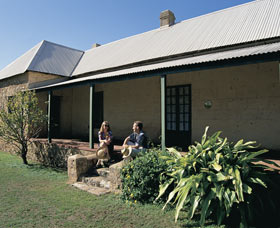Cliff Grange - SA Accommodation