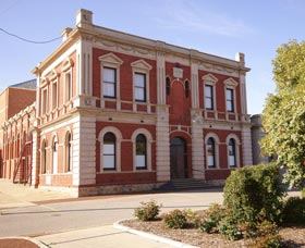 Northam Town Hall - SA Accommodation