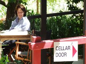 Lazy Ballerina - SA Accommodation
