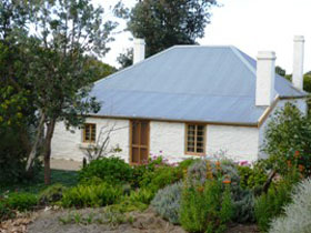 dingley dell cottage - SA Accommodation
