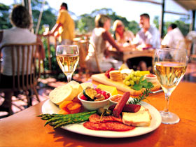 Eldredge Vineyards And Restaurant - SA Accommodation