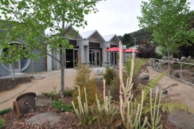 Tin Dragon Interpretation Centre and Cafe - SA Accommodation