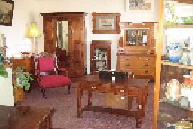 New Norfolk Antiques - SA Accommodation