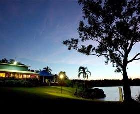 Lake Bennett Resort - SA Accommodation