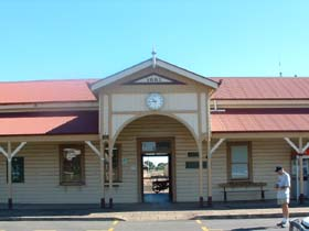 Maryborough Railway Station - SA Accommodation