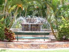 Bauer and Wiles Memorial Fountain - SA Accommodation