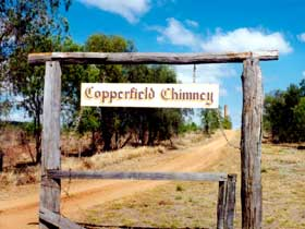 Copperfield Store and Chimney - SA Accommodation