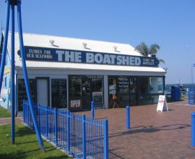 Innes Boatshed - SA Accommodation
