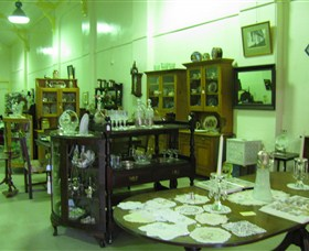 Glenleigh Antiques - SA Accommodation