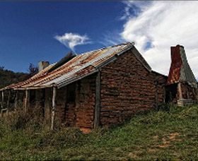 Book Keepers Cottage - SA Accommodation