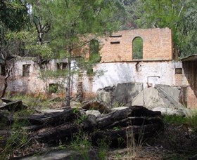 Newnes Shale Oil Ruins - SA Accommodation