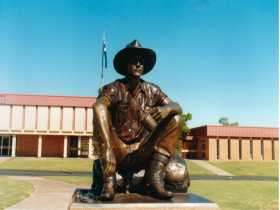 Cunnamulla Fella - SA Accommodation