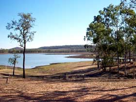 Theresa Creek Dam - SA Accommodation