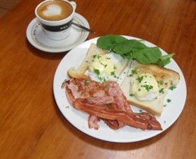 Breretons Bakery and Coffee Lounge - SA Accommodation