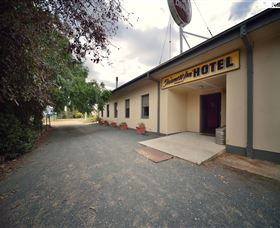 The Farmers Inn at Burrumbuttock - SA Accommodation