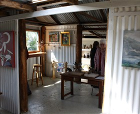 Tin Shed Gallery - SA Accommodation