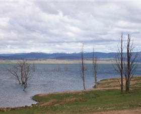 Lake Eucumbene - SA Accommodation