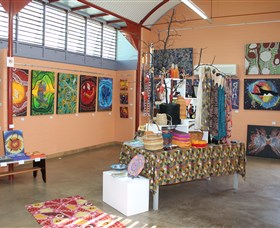 Dunghutti Ngaku Aboriginal Art Gallery - SA Accommodation