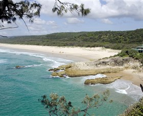Main Beach North Stradbroke Island - SA Accommodation