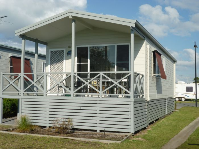 Belmont Pines Lakeside Holiday Park - SA Accommodation