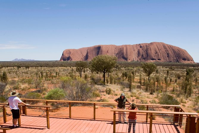 Uluru Small Group Tour including Sunset - SA Accommodation
