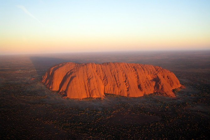Fixed-Wing Scenic Flight from Uluru Ayers Rock - SA Accommodation