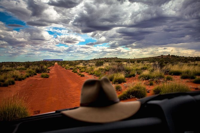 Mount Conner 4WD Small Group Tour from Ayers Rock including 3-Course Dinner - SA Accommodation