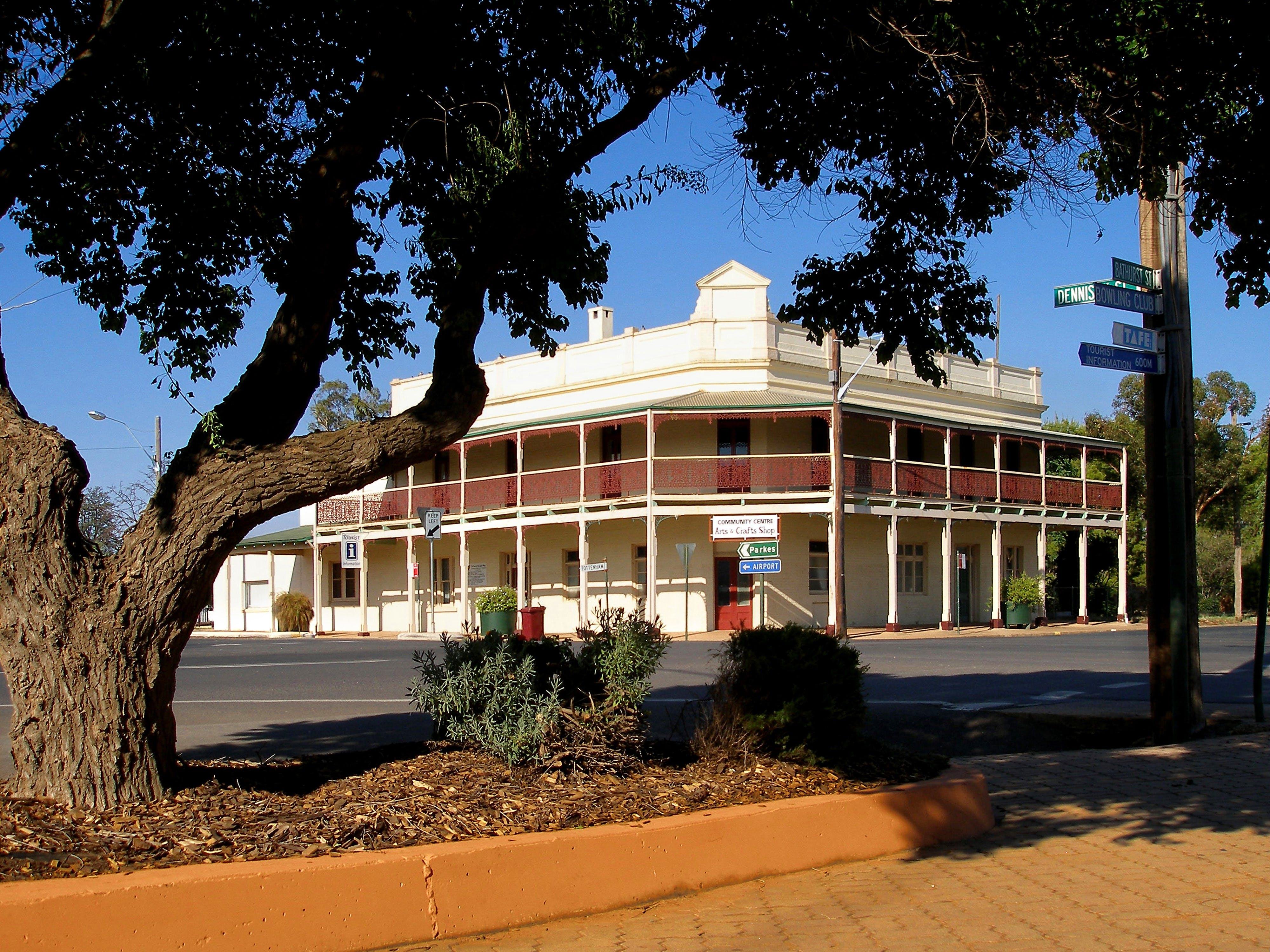 Condobolin - SA Accommodation