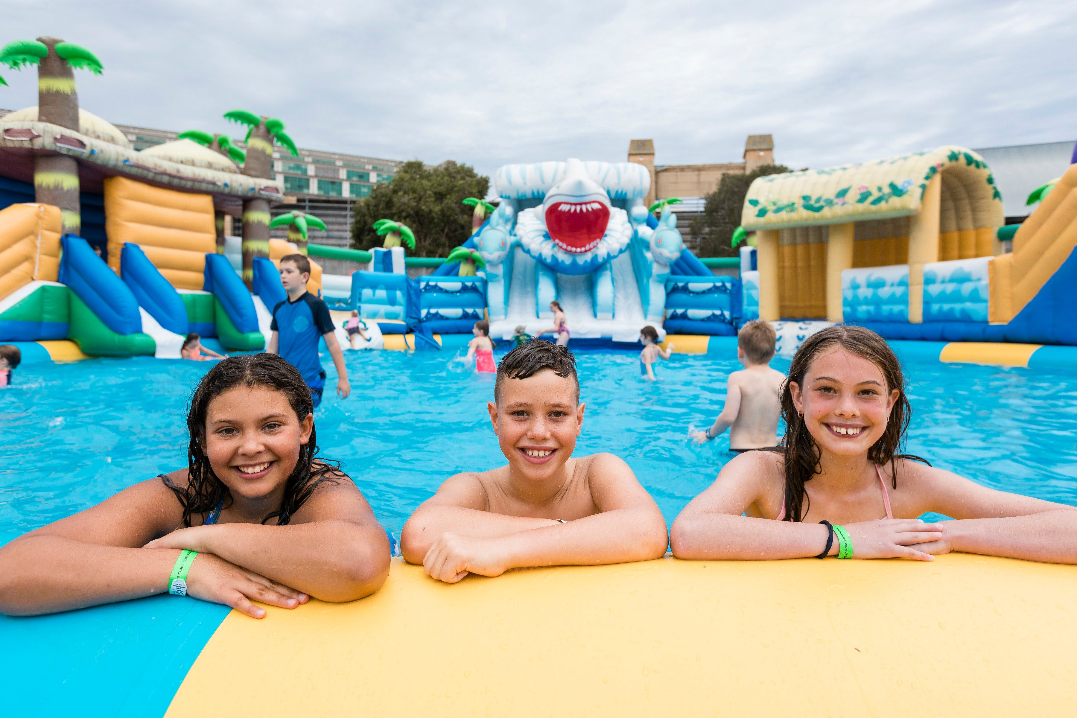 Waterworld Central - Mobile Inflatable Waterpark - SA Accommodation
