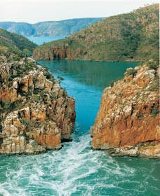 Horizontal Waterfalls - SA Accommodation