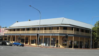 Colac Hotel - SA Accommodation
