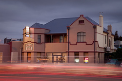 Cross Keys Hotel - SA Accommodation