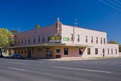 Railway Hotel - SA Accommodation