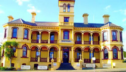 The Queenscliff Historic Royal Hotel - SA Accommodation