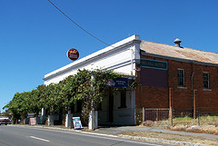 Red Hill Hotel - SA Accommodation