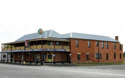 Bundarra Hotel - SA Accommodation