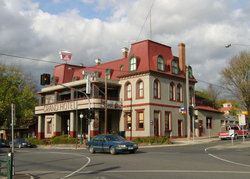 The Grand Hotel Healesville - SA Accommodation