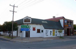 Black Lion Inn Hotel - SA Accommodation