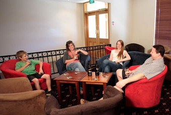 Hibernian Hotel Beechworth - SA Accommodation