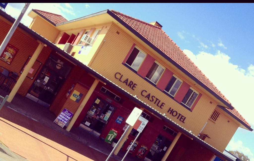 Clare Castle Hotel - SA Accommodation