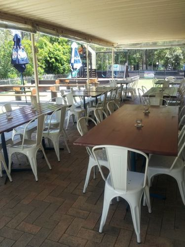 Bonny Hills Beach Hotel - SA Accommodation