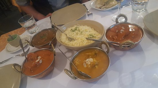Tandoori  Curry Club - SA Accommodation