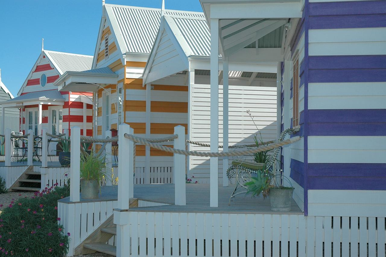 Beach Huts Middleton - SA Accommodation