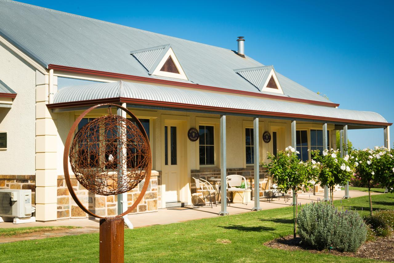 Barossa Vineyard Cottages - SA Accommodation